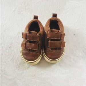 Koala kids Sz 3 Velcro shoes